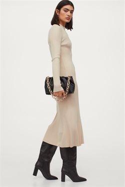 Tilbud fra Klær, sko og tilbehør i H&M-brosjyren ( 3 dager igjen )