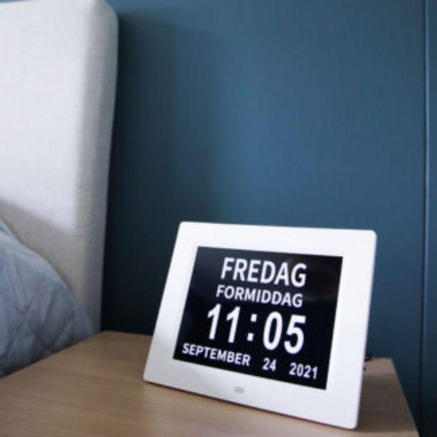 Tilbud: Lettleselig klokke med kalender 899 PK
